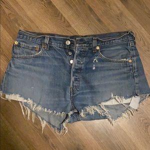 Vintage Levi's 501 jean shorts 34x34